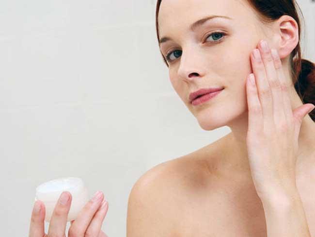 Kem chống nắng sẽ giúp làn da của bạn trở nên khỏe khoắn hơn