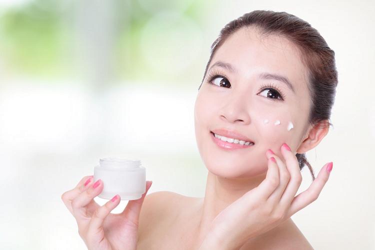 Cách chăm sóc da để cải thiện sắc tố da mặt