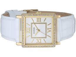 Một mẫu đồng hồ Guess nữ màu trắng